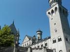 Neuschwanstein: Das Schloss wurde in konventioneller Backsteinbauweise errichtet und dann später mit anderen Gesteinsarten verkleidet.